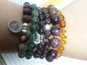 braceletsleft