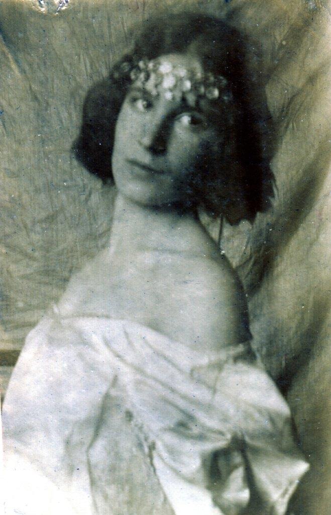 Ольга Ивановна Шведе-Дубенецкене-Калпокене. Ок. 1915 г.