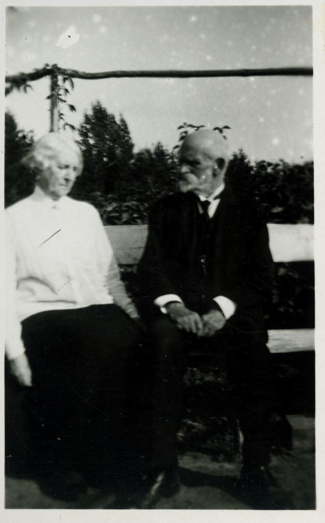 А.Ф. и И.Р. Шведе, ок. 1930г.