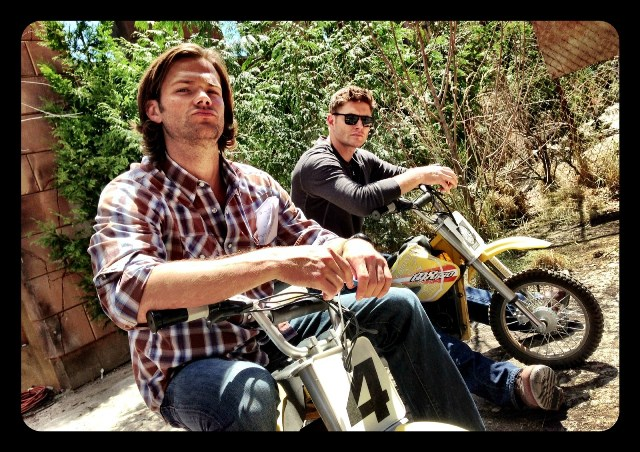 J2-jared-padalecki-and-jensen-ackles-35045281-1600-1130