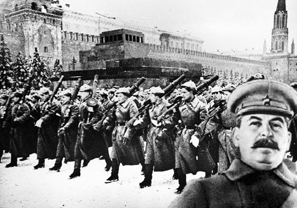 Парад. Сталин