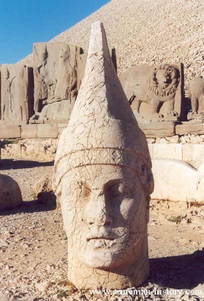 Tir-Armenian_god