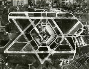 763px-Aerial_photograph_of_Heathrow_Airport_1955