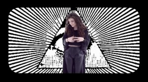 Lorde - World According to Lorde (VEVO LIFT UK).mp4_000132200