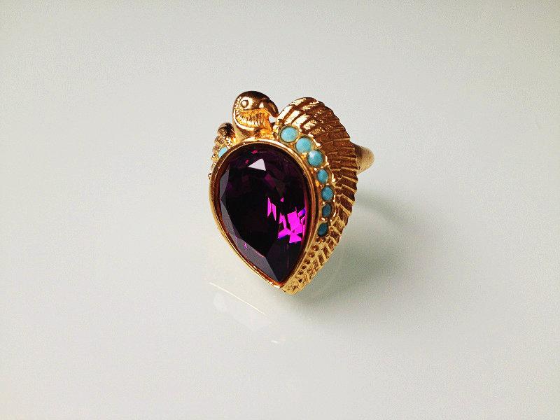 Тейлор кольцо 2