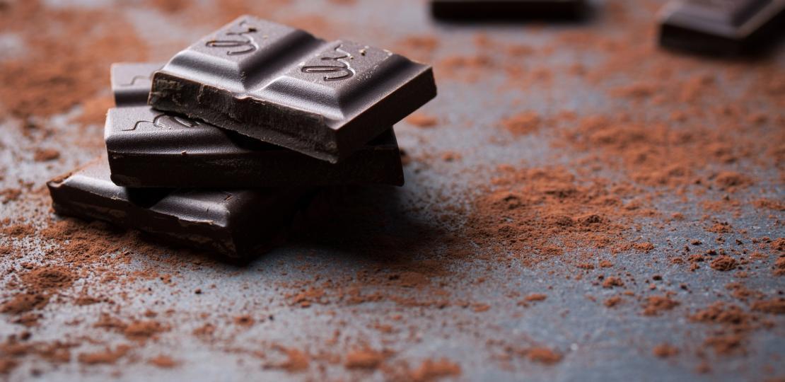 Исследуем темный шоколад. Кверцетин и катехины так нам необходимые присутствуют