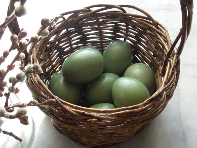 Красим яйца к Пасхе быстро и креативно