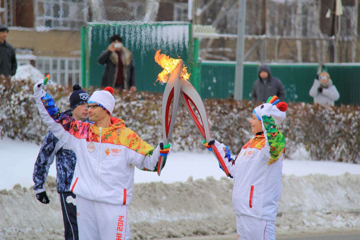 Передача эстафеты олимпийского огня5