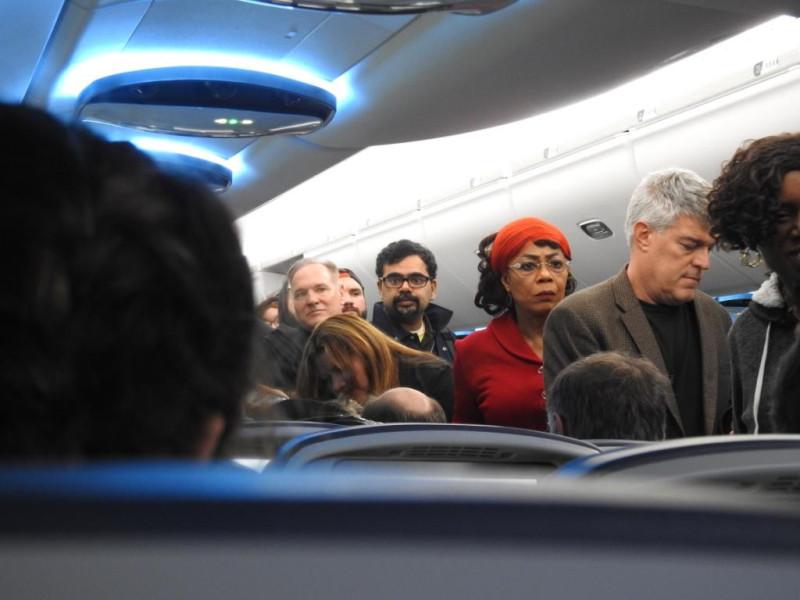 Фото 8. Посадка в самолет