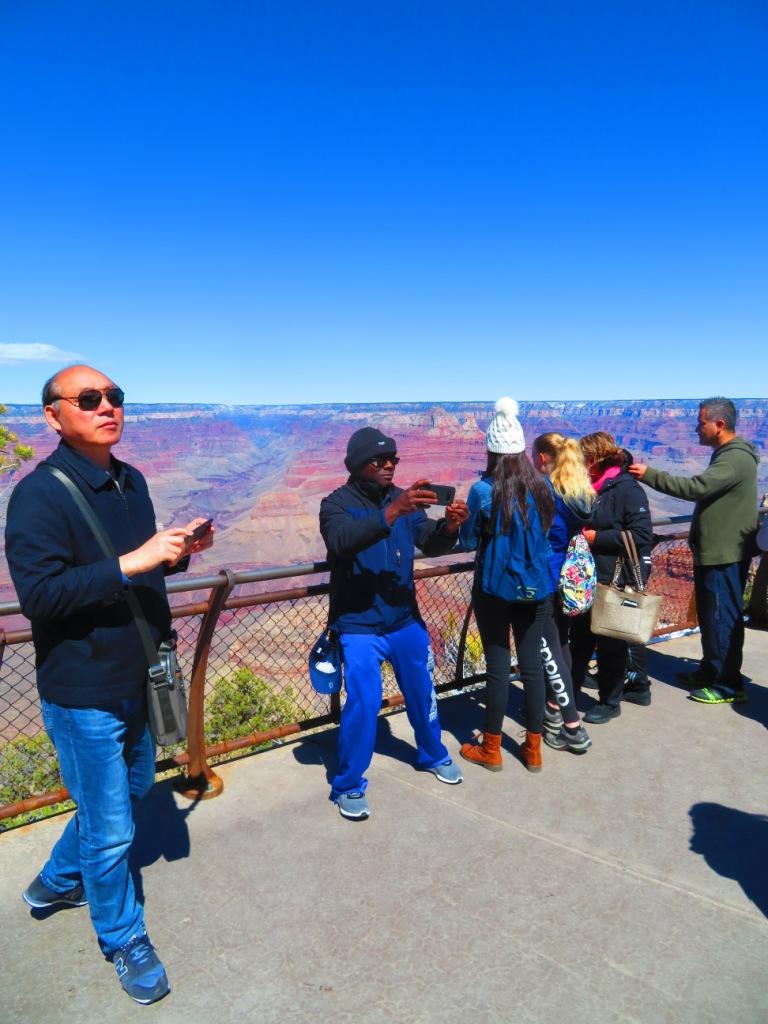 Фото 13. Туристы в Аризоне.
