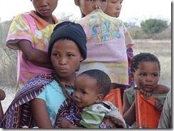 800px-Namibian_Bushmen_Girls