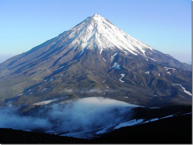 Вулкан вблизи.