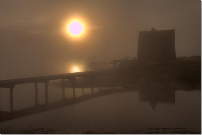 Туман над озером.