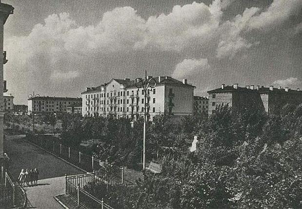 18 внутренний двор по ул.Калинина за бывшим магазином Сказка