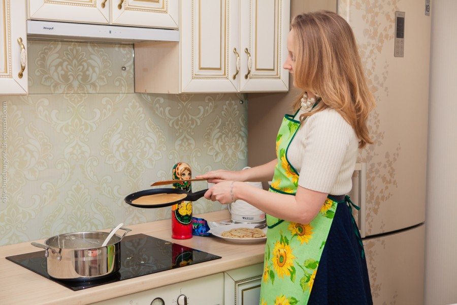 Босая беременная и на моей кухне