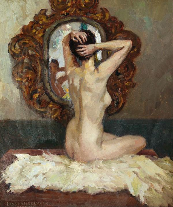 Обнаженная сидящая перед зеркалом - 1919.jpg