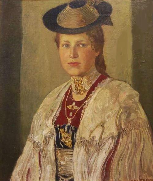 Портрет девушки в национальном костюме.jpg