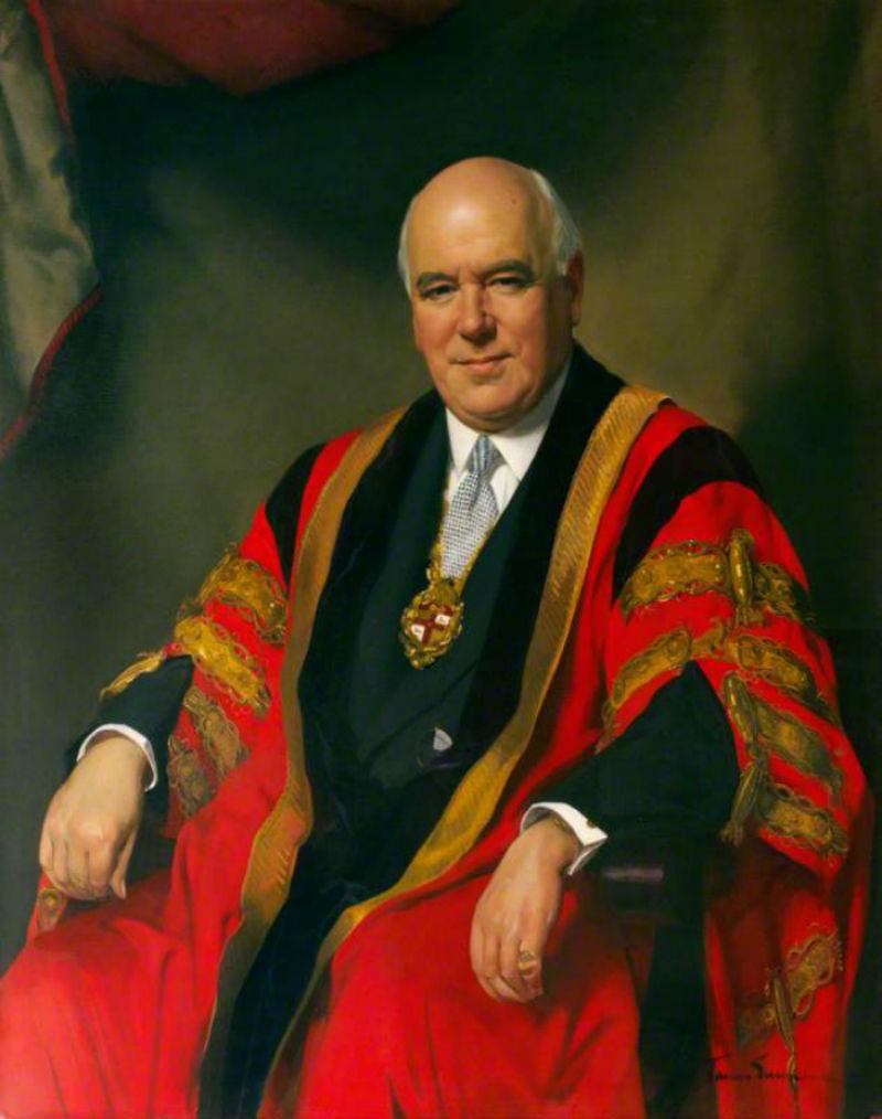 Sir Cecil Wakeley (1892–1979).jpg