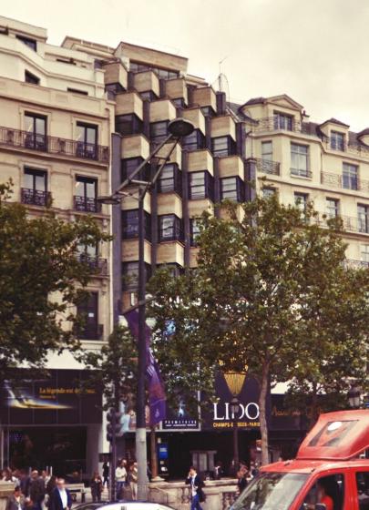 Champs-Élysées 116