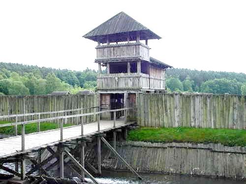 17 Надвратная башня посада Гросс-Раден.
