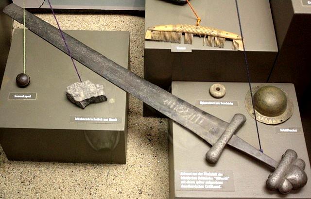 50 Найденный франкский мечь мастера Ulfberth  oldenburg.