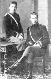 1 Маннергейм (справа) в Николаев.кавалерийском училище