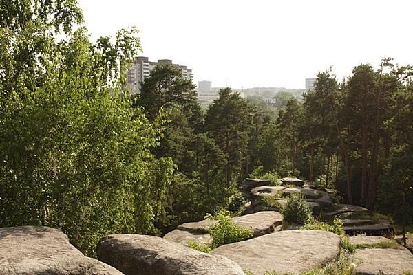 15 Шарташские каменные палатки - гранитные скалы- останцы.  Свердловской обл.