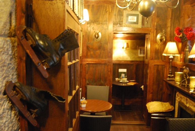 DSC_8084sherlockcafebackroom
