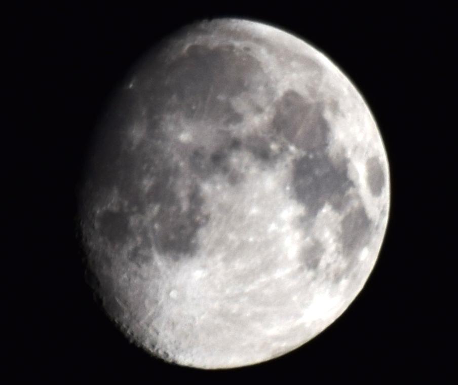2015-08-26 Moon(NewCamera)