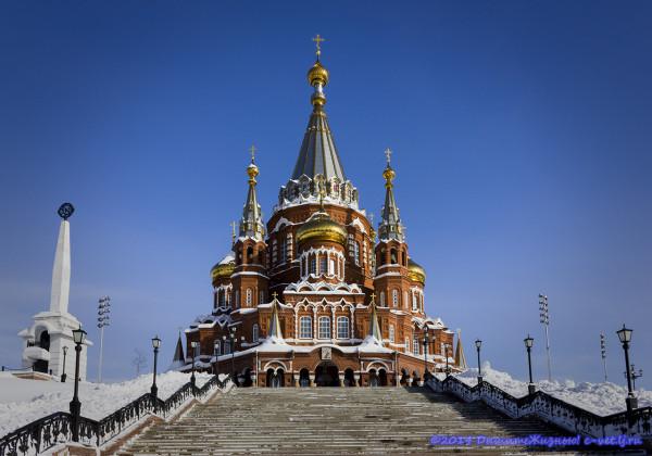 Свято-Михайловский собор зимой