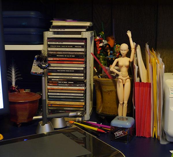 deskStuff