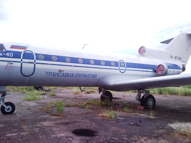 Kotlas Yak-40