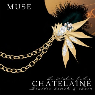 Chatelaine Shoulder Brooch & Chain (Gold)