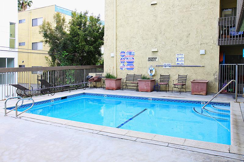 Swimming_pool_resize