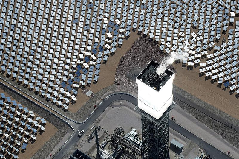 087_Ivanpah-Solar-Electric-Generating-System.jpg