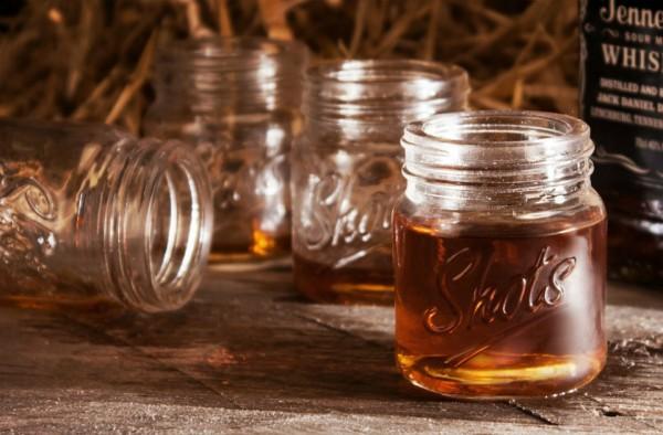 mason-jar-shot-glasses