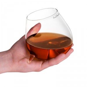 contour-warming-cognac-brandy-glasses-2