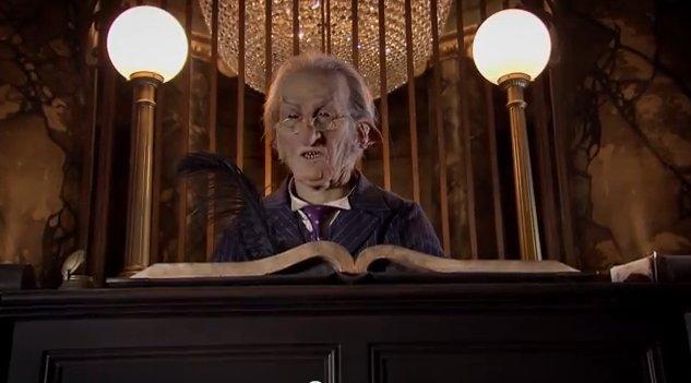 Gringotts Bank - Diagon Alley - Wizarding World of Harry Potter
