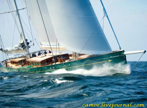 1351190355_10biggest-superyachts-2