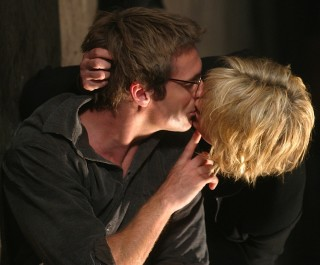 Amanda kisses Michael