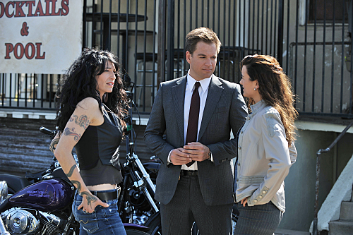 Claudia Black and 2 other cast members