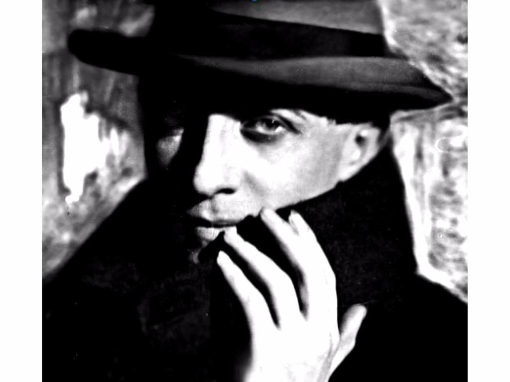 Сергей Евгеньевич Нельдихен (9 октября 1891, Таганрог — 1942) — российский поэт-примитивист, член гумилевского третьего «Цеха поэтов» (1921—1923).