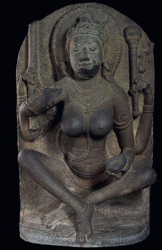 9. Йогини. Канчи, Индия, 10 в. Британский музей