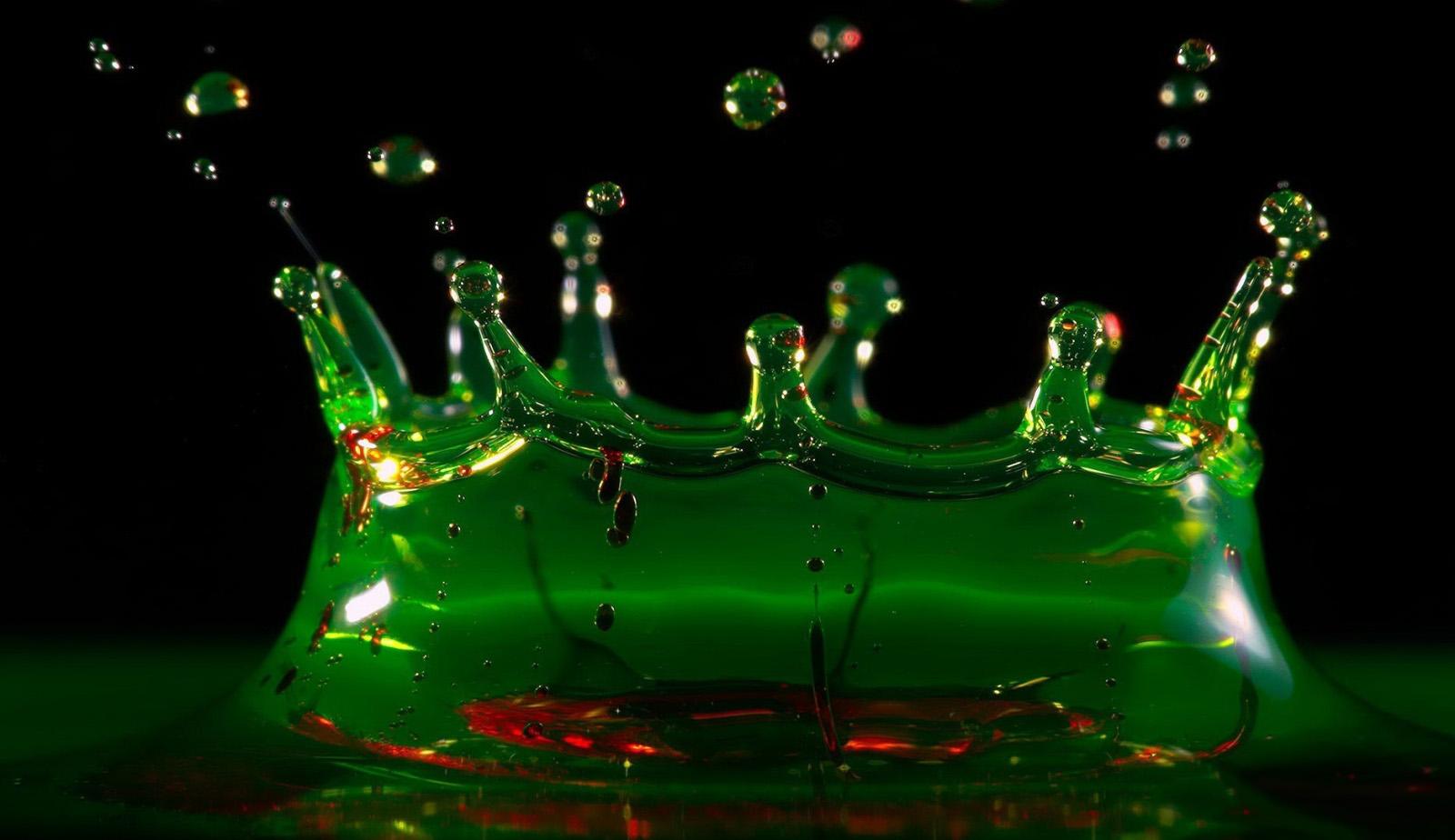 Зелёный всплеск Абсента
