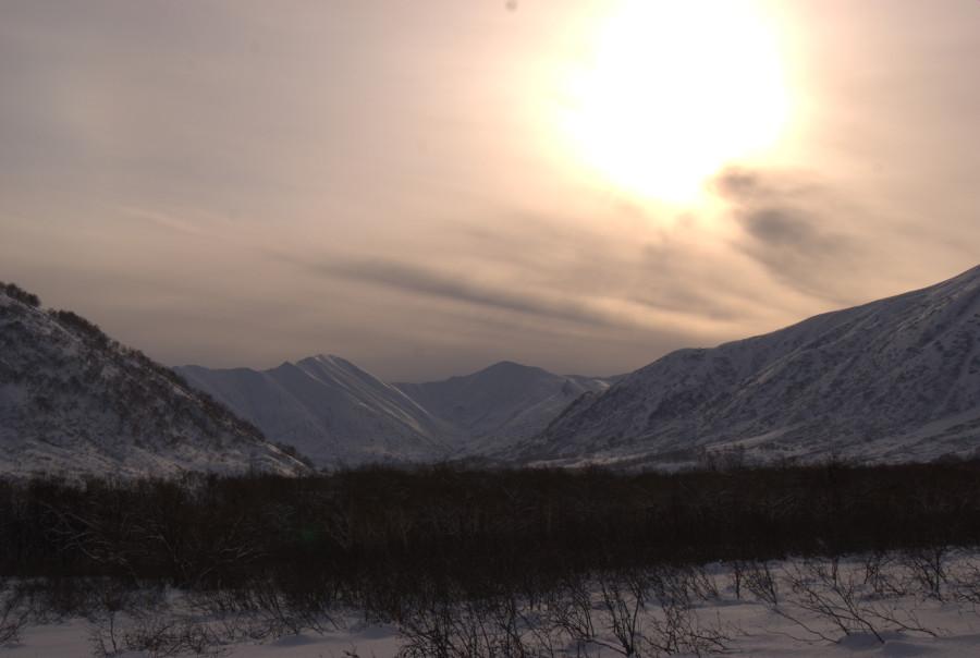 Метель в долине реки Карымшина выглядит фантастически. Snowstorm in the valley Karymshina looks fantastic.