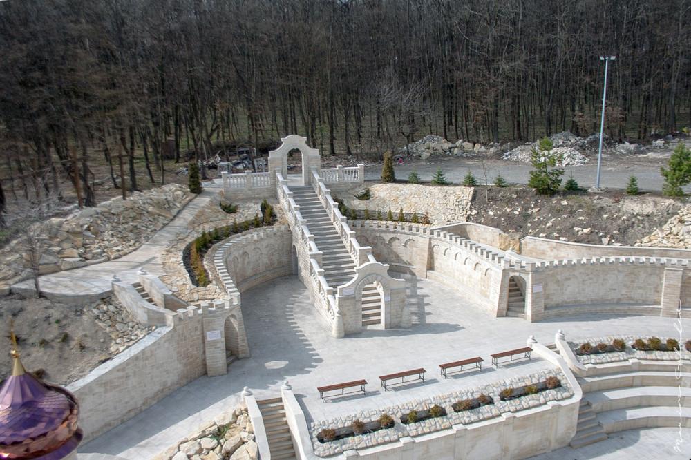 Иерусалим Тернопольщины, знаменитое болото, пещерный монастырь и орган из