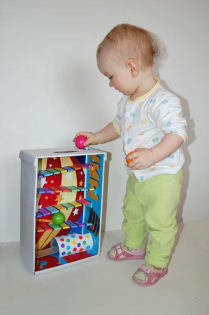 Игрушки своими руками для ребенка 1 год фото
