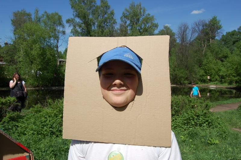 Cardboard houses_018 (800x532)