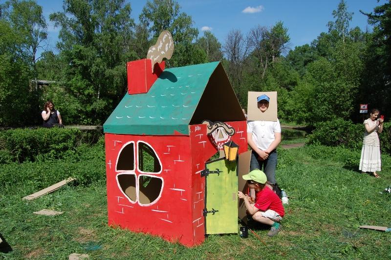 Cardboard houses_022 (800x532)