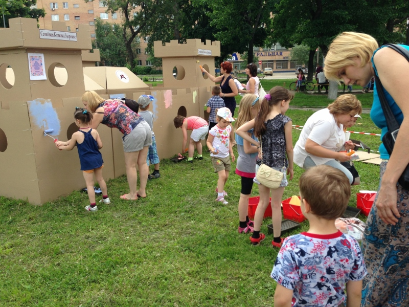 Cardboard castle_018 (800x600)